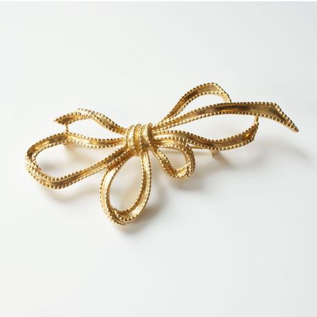TRIFARIトリファリ ゴールド  リボン ブローチ / ヴィンテージ・コスチュームジュエリージュエリー