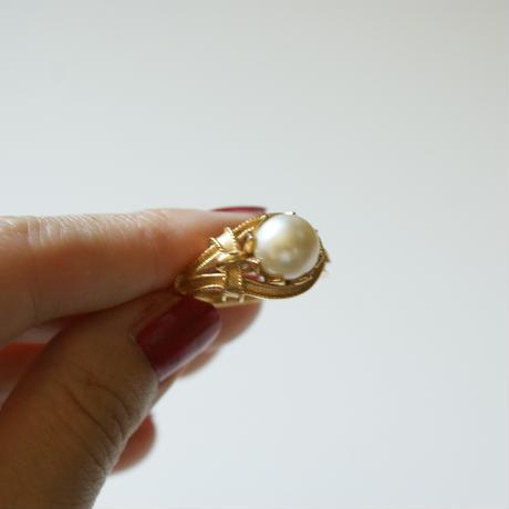 TRIFARIトリファリ アシンメトリー 大粒パール  指輪リング / ヴィンテージ・コスチュームジュエリー