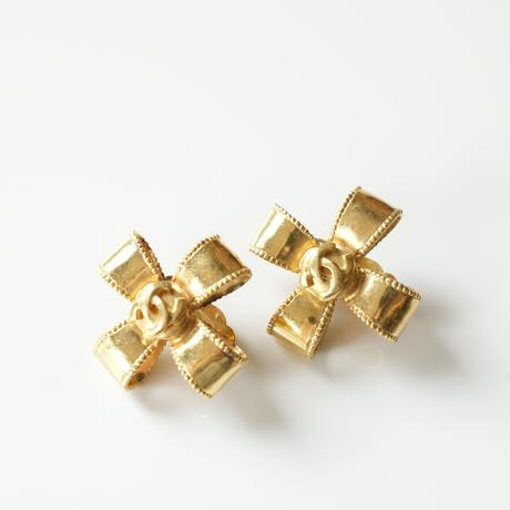 CHANELシャネル  リボンココマーク ゴールド イヤリング/ ヴィンテージ・コスチュームジュエリー