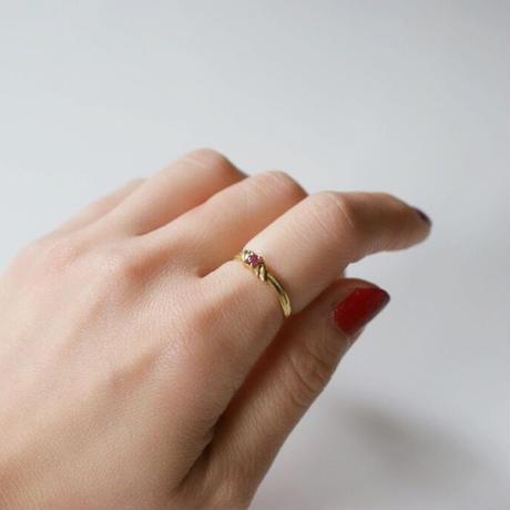 K18YG  赤石 リング指輪 / ヴィンテージジュエリー・アクセサリー