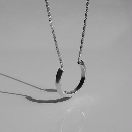 Theo necklace (silver)
