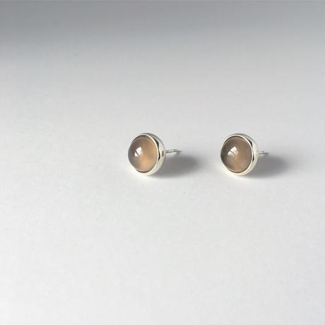 Orb earring in grey agate