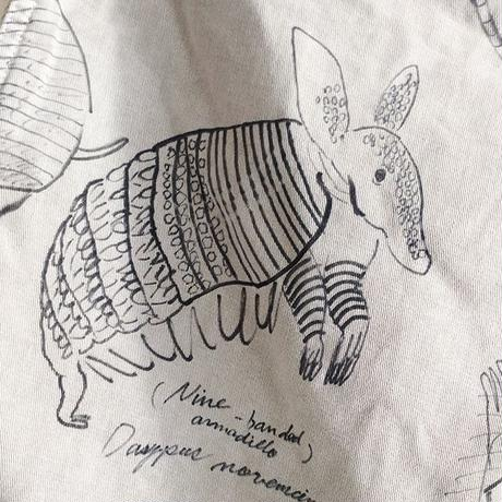 【on GRAMICCI】OMA overdrawing shorts 09 アルマジロ|armadillo