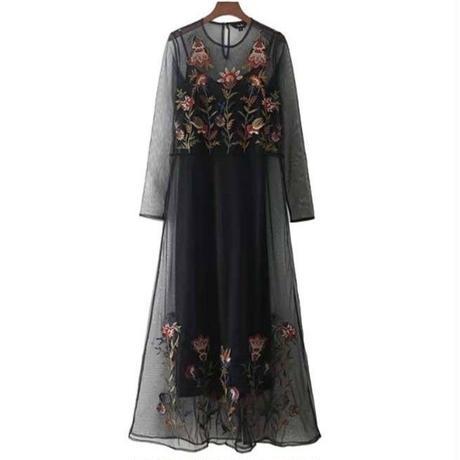 シースルー刺繍ワンピース 長袖 黒