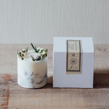 SOY CANDLE   (MARJORAM PINE)