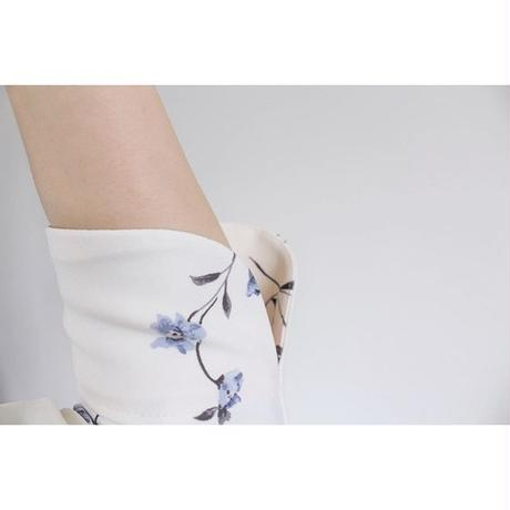 【ホワイト小花柄】ケリーワンピース(カシュクール ストレッチ ワンピース)