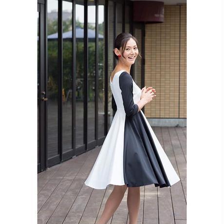 【ホワイト×ブラック】サーキュラースカート ワンピース