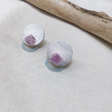 天然石とレザーのイヤリング