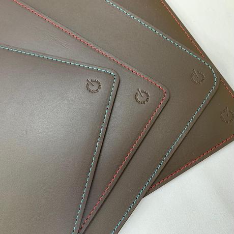 新商品 Leather deskpad A4 ダークブラウン