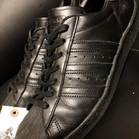 adidas SUPER STAR 15,s ALL BLACKゴールデンサイズ美品スペシャルプライス