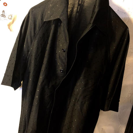〈目玉〉70,s U.S.A.製 Rock'n Roll BLACK DOTS POLYESTER SHIRTヴィンテージ美品