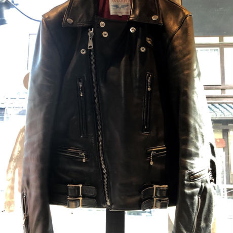 〈目玉〉Lewis Leathers LIGHTNING COWLEATHER レッドキルティング36 イングランド製目玉ライダースジャケット極上美品