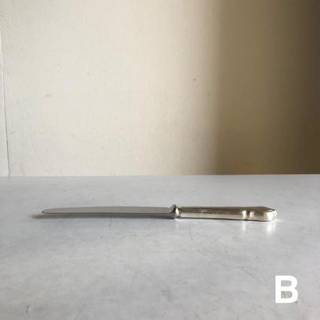 Knife( A )