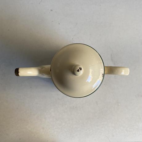 Enamel Tea Pot( Cream )