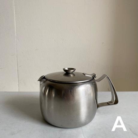 Old Hall  Tea Pot - 1 1/2PT