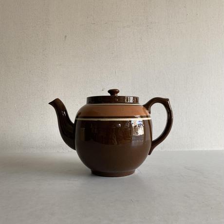 Brown Betty Vintage Tea Pot( D )