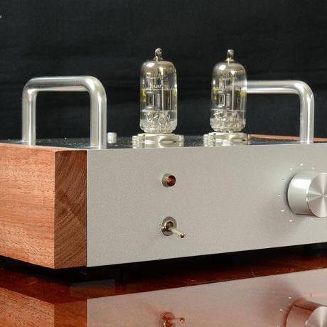 6U8A 高音質真空管アンプ 1W ステレオパワーアンプ 送料無料 オリエントコアOPT搭載 1年保証 新品