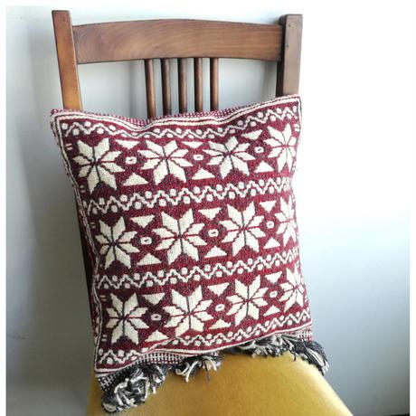 ヤノフ村の織物 クッションカバー 伝統的な幾何学模様(38×39cm)#2413