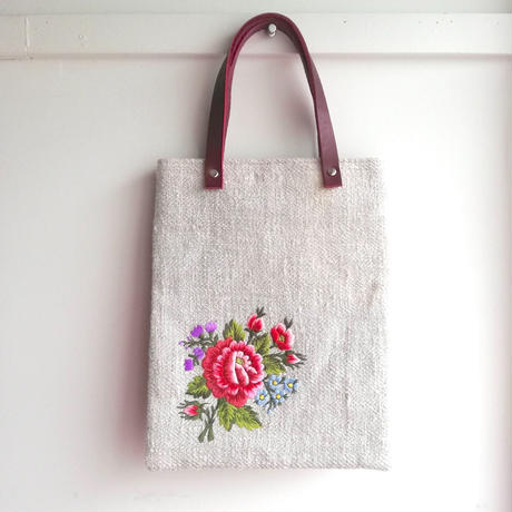 ポーランド 伝統刺繍のトートバッグ ウォヴィチ地方  バラ
