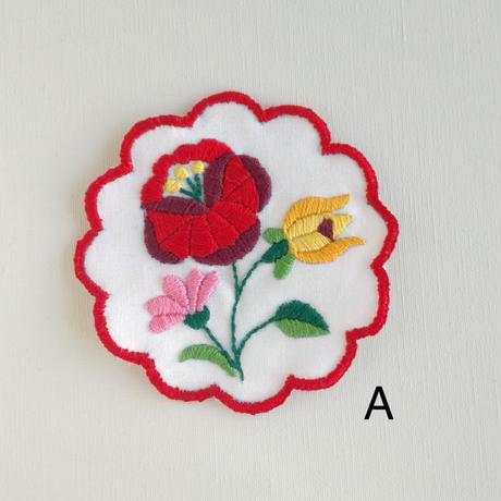 ハンガリー刺しゅう コースターキット  刺繍枠つき