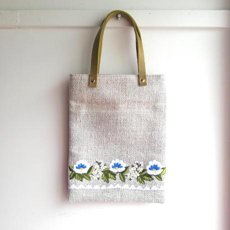 ポーランド 伝統刺繍のトートバッグ オポチノ地方  花