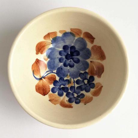 ヴウォツワヴェク陶器 カップ(直径10cm)#3499
