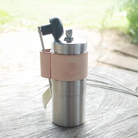 コーヒーを美味しく挽けるBajariのコーヒーミル