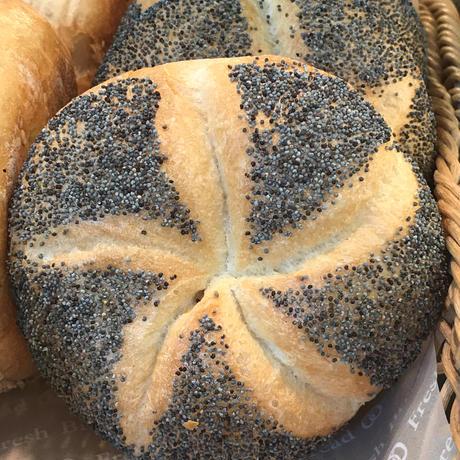 おまかせセット③ 大型パン1本と小型パン8個前後詰合せ【本州限定】