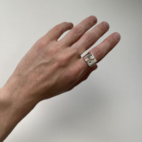 YIN YANG DIAMOND RING_L