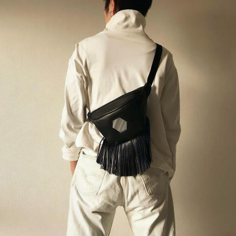 MIRROR BUM BAG_BK