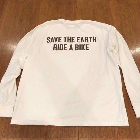A girl rides a bike with lemon for the earth T-SHIRT