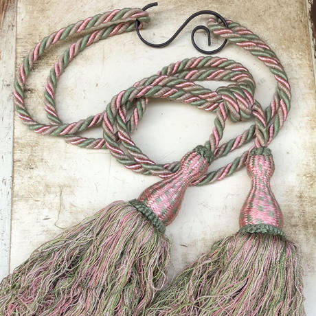 Vintage green & pink mix two bunch tassel
