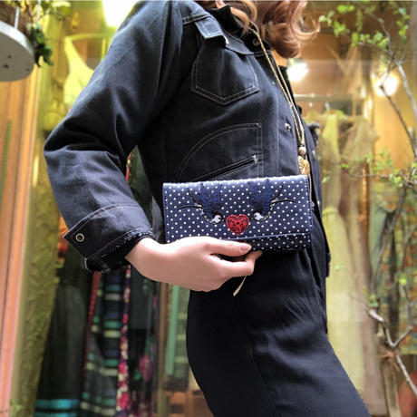 Banned apparel swallow wallet