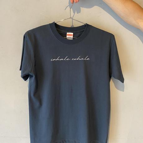 """INHALE EXHALE"" T-shirt Navy/White"
