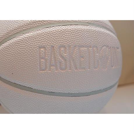BASKETBALL / ALL WHITE