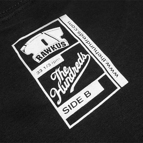 THE HUNDREDS×RAWKUS Tシャツ -RAWKUS T-SHIRT / BLACK-