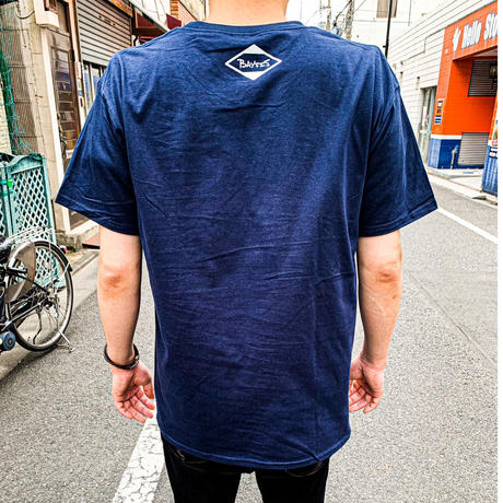 two who? Tシャツ(ネイビー)