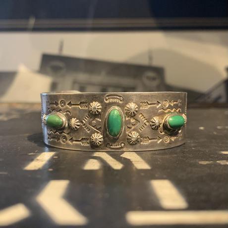 """1940's """"Navajo"""" Vintage Silver Bangle"""