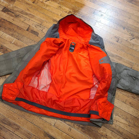 """The North Face"" Hyvent Jacket SIZE : M,L"