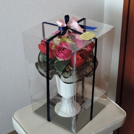 7150円のクリアボックスケースアレンジメント(送料1320円合計¥8470)