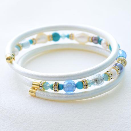 ベネチアン × アコヤ本真珠×天然石 三連ブレスレット パールホワイト【1本】