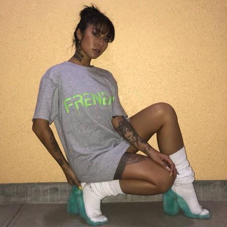 """FRENEMY""プリントTシャツ      カラー:グレー  品番:7001"