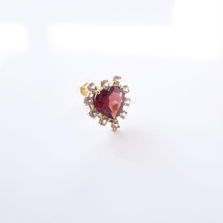 Sparkle earrings studs(ガーネット・ハート)