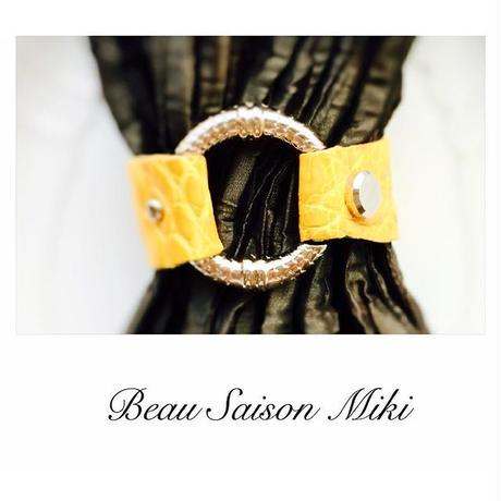 Bracelet using Crocodile leather of  yellow color