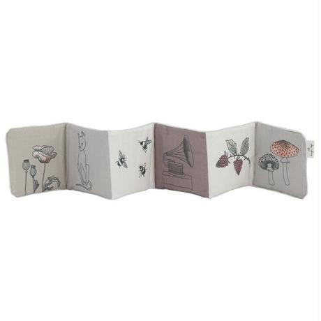 KONGES SLØJD Fabric Book Girl