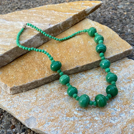 """【Used】Stone necklace """" Green """" / 石ネックレス"""