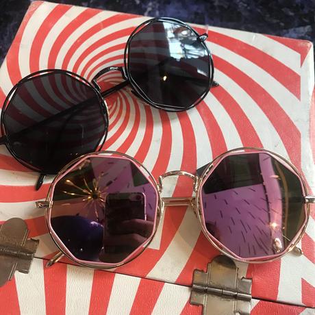 【Selected item】Sunglasses / mg 027