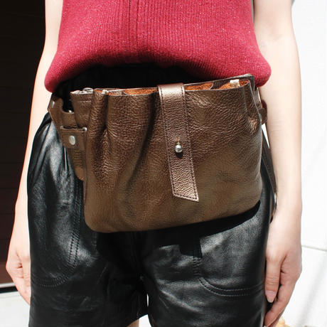 【Used】Metallic  leather waist bag /メタリックレザーウエストバッグ
