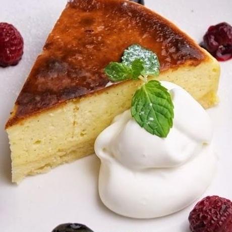 特製チーズケーキ18cmホールケーキ