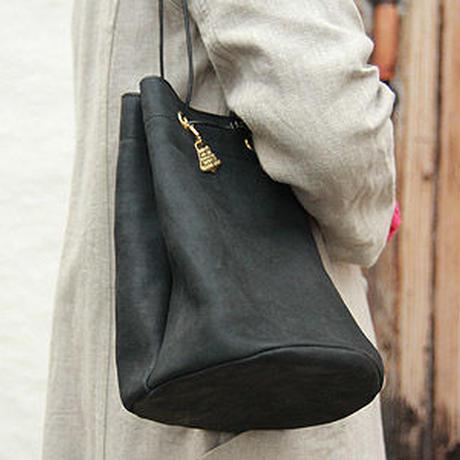benlly's original / Leather Bonsac